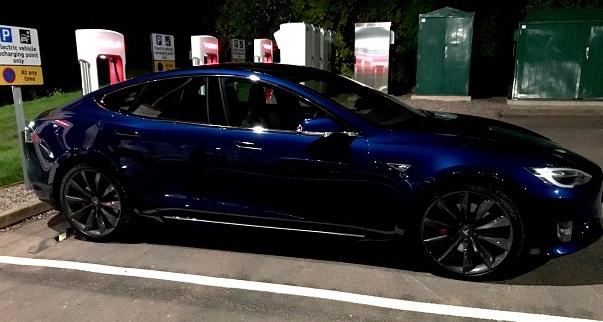 Tesla Info: Charging your Tesla